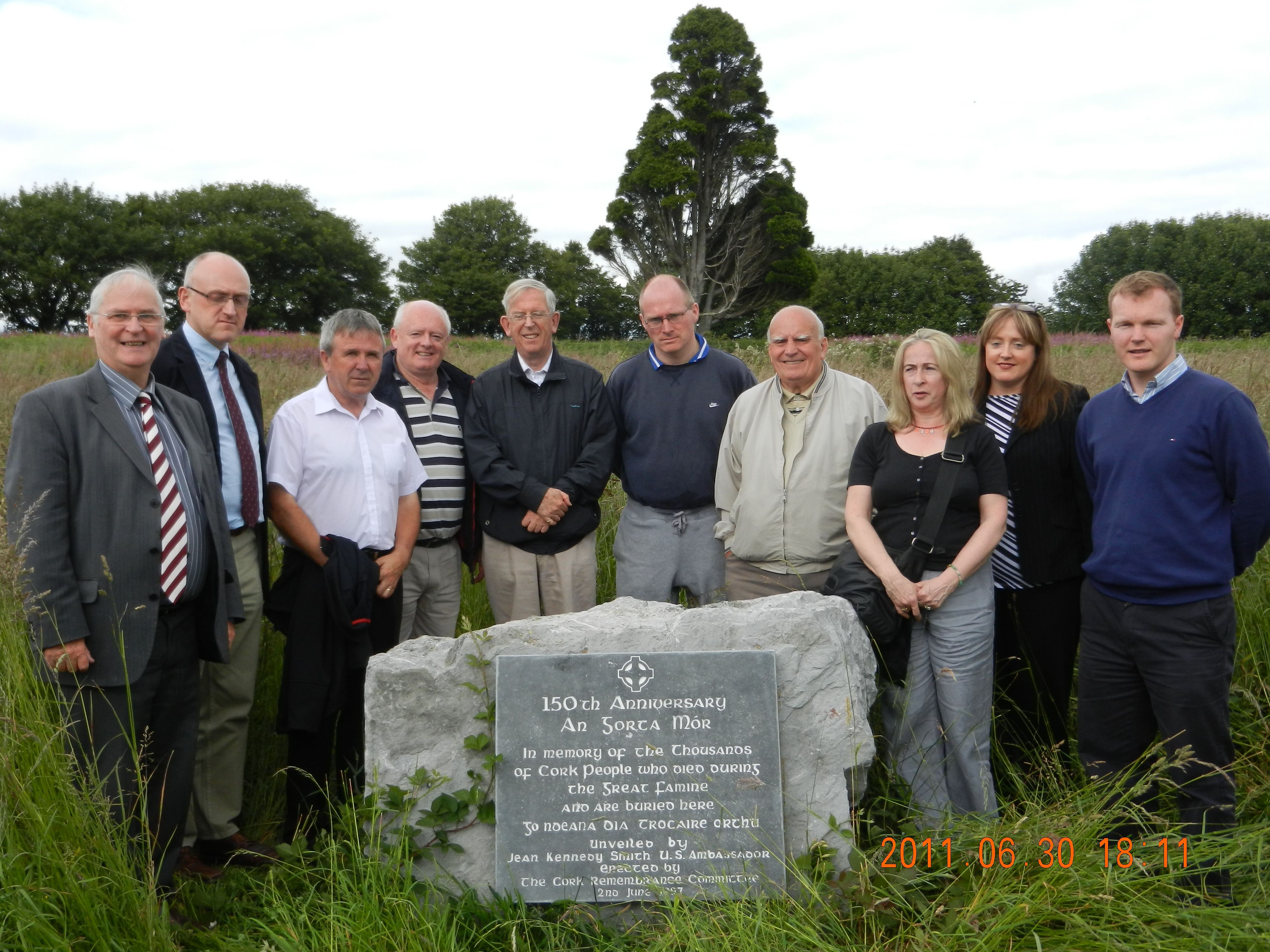Carr's Hill cemetery group-3